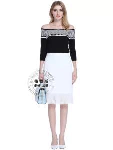 格蕾斯白色时尚半裙