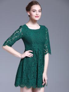 爱为女装绿色蕾丝中袖连衣裙