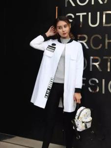 莫卡欧女装2017新品白色休闲长外套