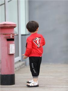 2017年米其仔童装新品时尚红色外套