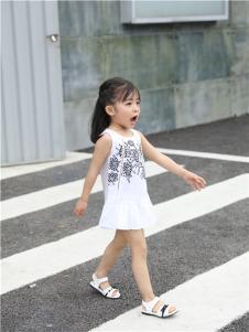 2017年米其仔童装简约小裙