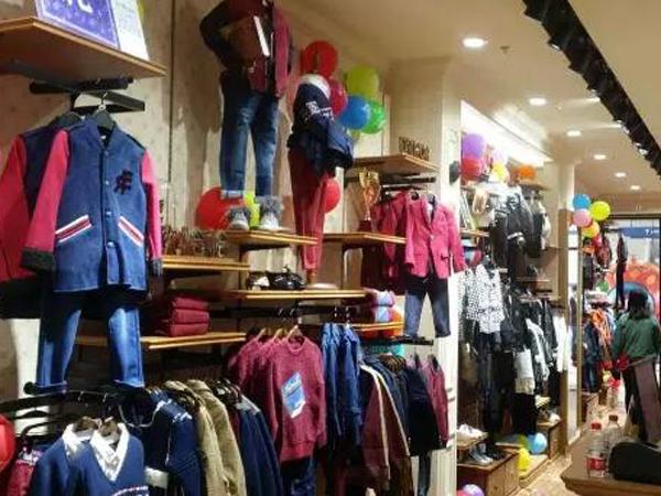 EUROJJ 欧恰恰童装加盟店品牌旗舰店店面
