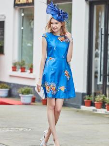 尚约春夏蓝色刺绣连衣裙
