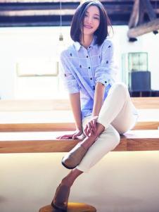 片断女装白色休闲裤
