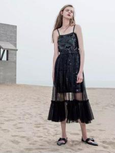 PEOLEO飘蕾2017春装黑色吊带裙