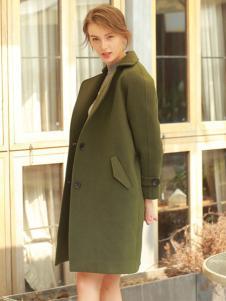 璞秀女装墨绿色大衣