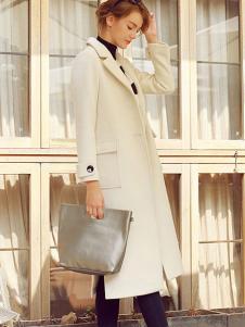 璞秀女装米白色过膝大衣