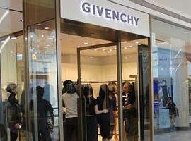 Givenchy纪梵希任命Waight Keller创意总监