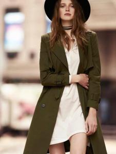 千细女装墨绿色风衣