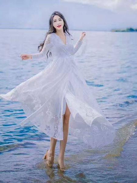 色弋瑞白色连衣裙新款