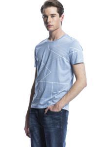 诺奇男士浅色T恤