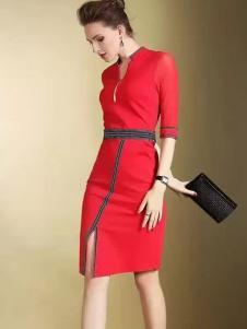 色弋瑞红色收腰连衣裙