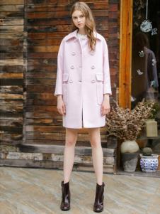 三彩女装双排扣大衣