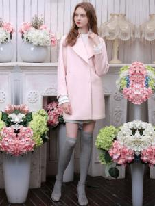三彩女装粉色简约外套