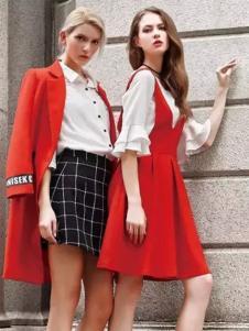 淑女心情女装红色背带连衣裙
