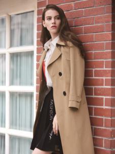 迪笛欧女装在2017年新款风衣