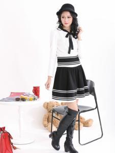 可媚系带黑白条纹连衣裙