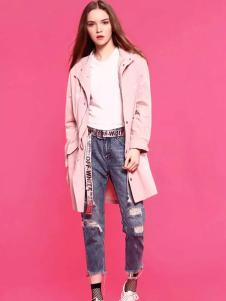 爱客春季粉色风衣外套