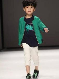 喔也童装2017春装新品绿色休闲夹克