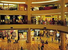 迎合年轻消费者购物中心办创意市集 是突破也是创新
