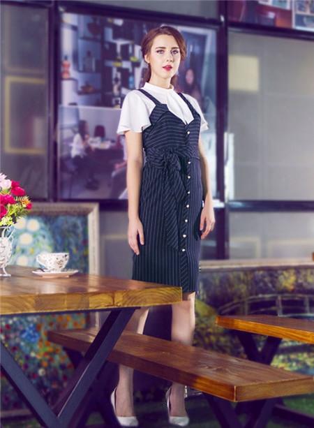 图案女装2017年春夏新品条纹吊带裙