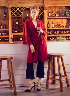 图案女装2017年春夏新品酒红色风衣