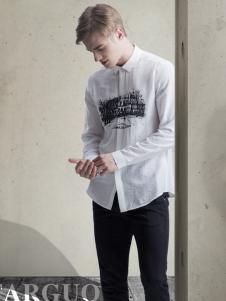 它钴新款白色衬衫