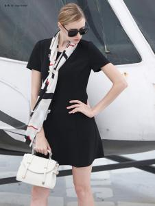 雷索思纯色短袖连衣裙