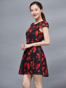Y.MISS娅美悉女装红色印花裙