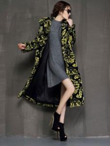 YAMISS娅玛诗女装印花长款外套