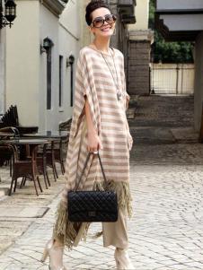 娅尼蒂凘女装条纹连衣裙