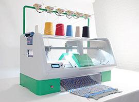 想要自己设计一套衣服? 这台缝纫机可以帮到你