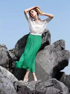 YIGUO伊果2017春夏新品绿色褶裙