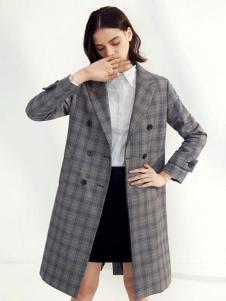 伊芙丽2017春夏新品格纹修身外套