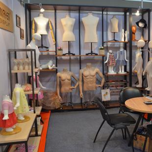 美亚展示MAYER DISPLAY 20年独匠精神 成就衣展品质!