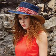 卡蔓Carmen女装使在夏天多了一道靓丽风景线