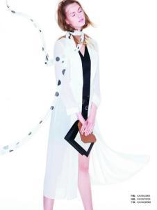 伊莎贝尔·阿珈尼女装白色长外套