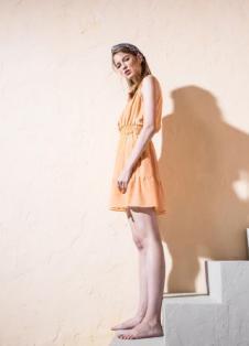 esons女装2017春夏新品橙色无袖裙