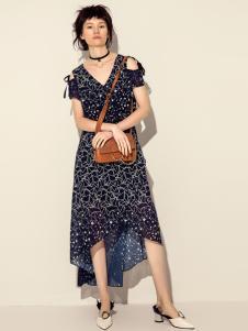 讴歌德女士连衣裙