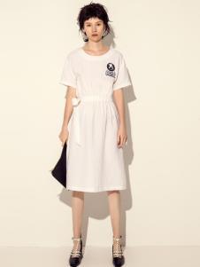 讴歌德白色长款连衣裙