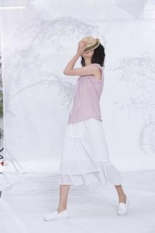 述忘-夏白色半裙