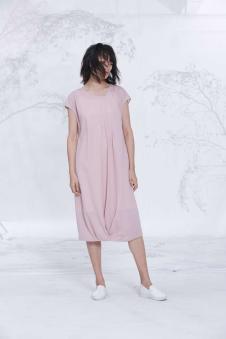 述忘2017女装新品粉色连衣裙