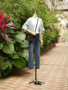 速品时尚蓝色开衫外套