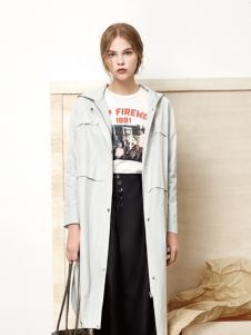 丽芮女装白色长款外套