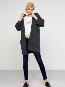 UZZU优组女装灰色外套