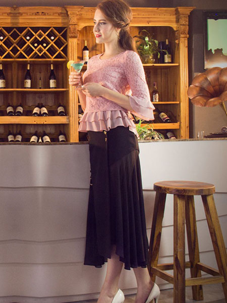 图案女装2017春夏新品黑色褶裙