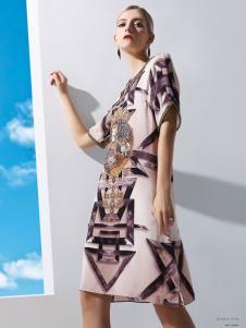 丹妮丽人印花时尚连衣裙