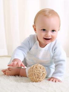 卓儿婴童装长袖斜襟哈衣