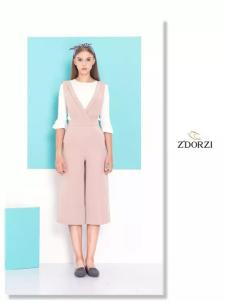 Z'DORZI卓多姿2017春夏新品粉色连体裤