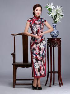 虞美记真丝斜襟印花桑蚕丝几何宽边长旗袍